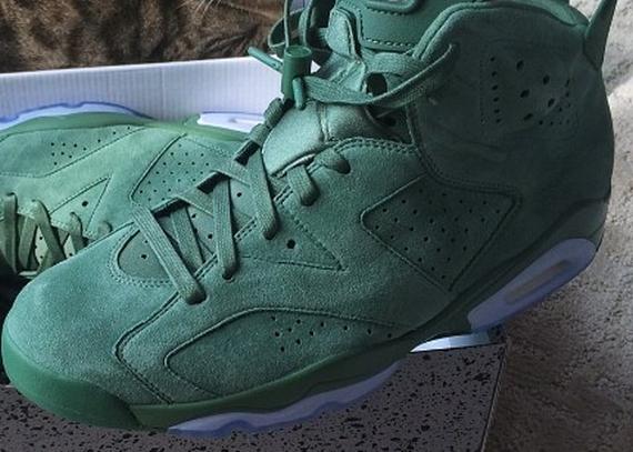f2c131ec082f Macklemore - SneakerNews.com