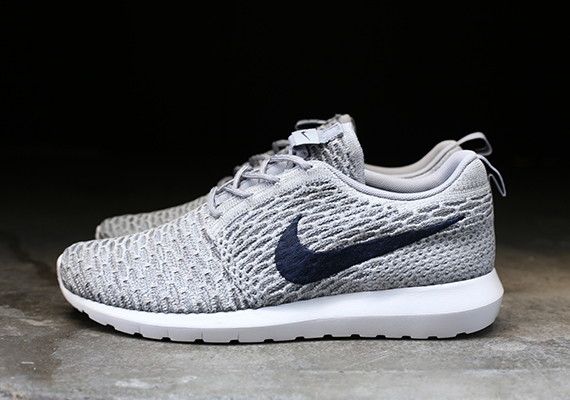 2014 10 12 Nike Flyknit Roshe Run Grey Navy Roshe Run Flyknit