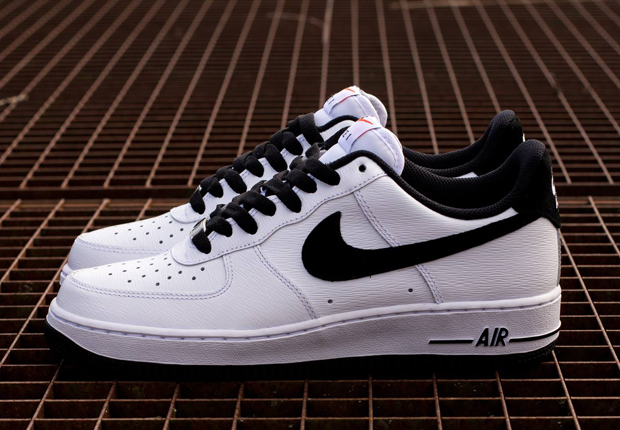 detailed look f4ea7 22528 Nike Air Force 1 Low 07 - White - Black - SneakerNews.com