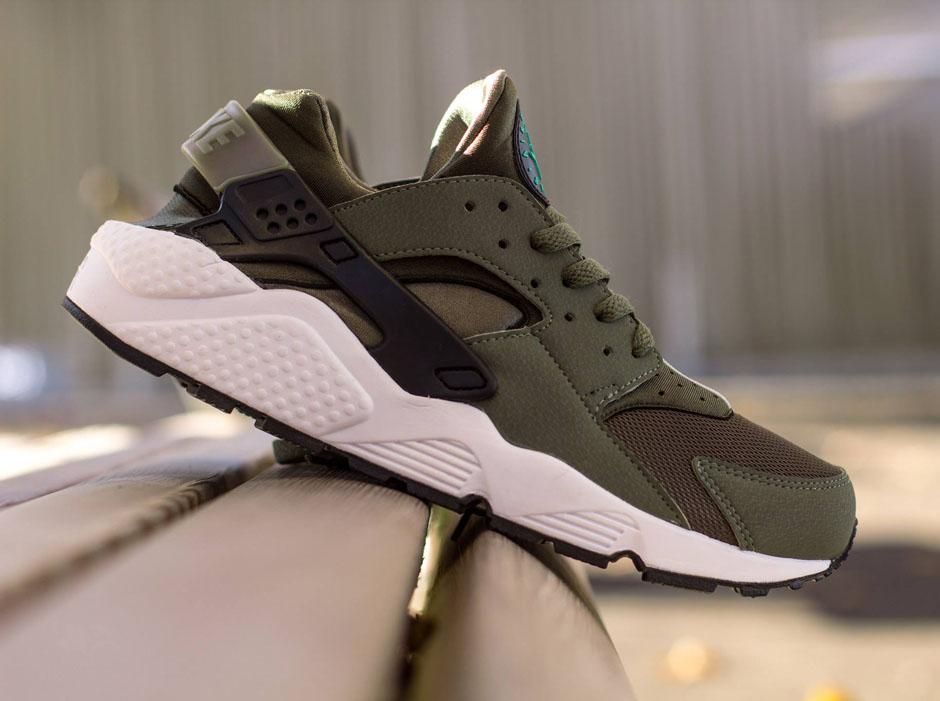 premium selection 1ce7b ba64d lovely Nike Air Huarache quotIron Greenquot
