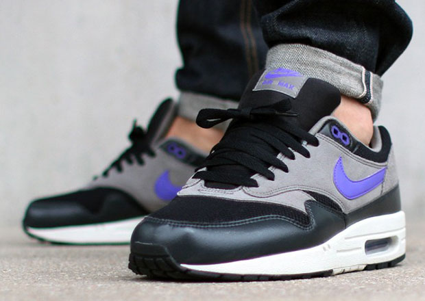 Nike Air Max 1 Black Hyper Grape Light Ash Grey Sneakernews Com
