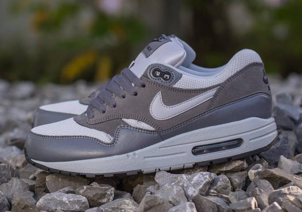 Nike Air Max 1 Essential Wolf Grey Dark Grey Sneakernews Com