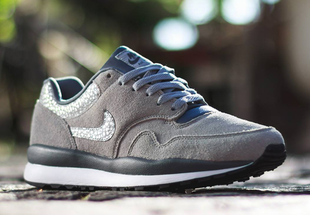 The Nike Air Safari has seen its fare share of diversions from the print  that the shoe's nicknamed after. There was the initial straying away to  Elephant ...