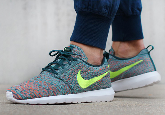 best authentic 04a2e 49c7e Nike Flyknit Roshe Run - Mineral Teal - Volt - Hyper Jade ...
