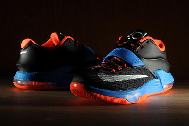 """Nike KD 7 """"On The Road"""" - Release Reminder - SneakerNews.com"""