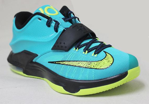 Nike KD 7 Uprising Hyper Jade Black Photo Blue Volt