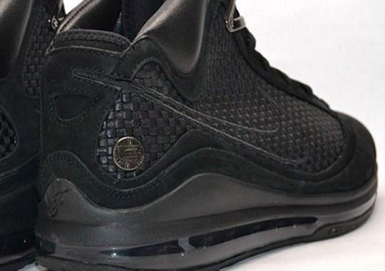 "Nike LeBron VII ""Black NSW"" Sample on eBay"