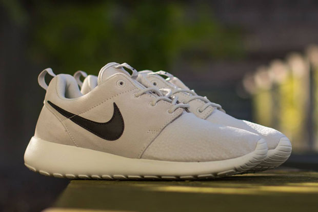 online store 37876 0a9bb Nike Roshe Run Suede