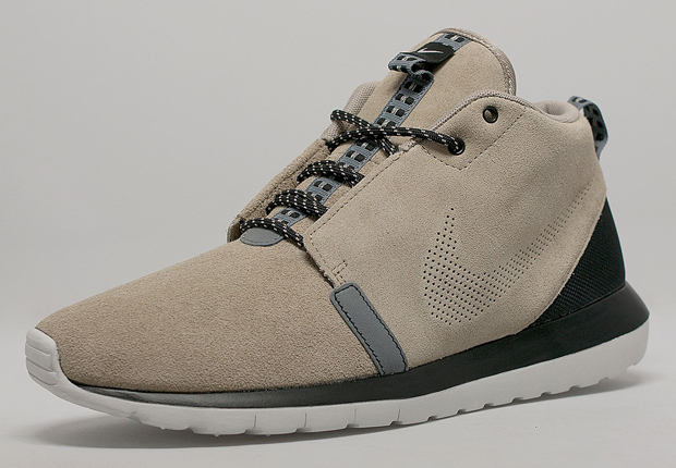 nike mens roshe run nm sneaker boot premium bootstrap