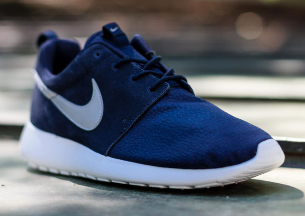 promo code 076c3 73e91 Suede Roshe Runs are the latest innovation for fall. Whether the shoe is  appearing in original form or sporting that Natural Motion base, the  material has ...