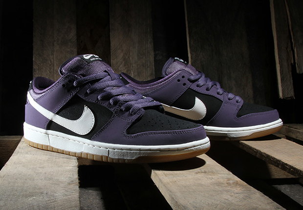 new products 63d46 71177 Nike SB Dunk Low