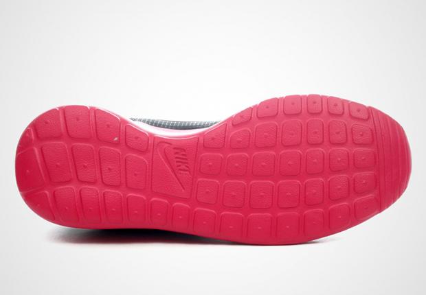 Nike 'roshe Plazo Hyperfuse' Zapatilla De Deporte (mujeres) 2r3zPZuHVk