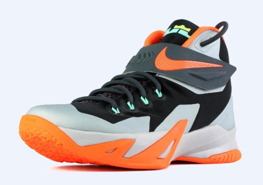 Nike Zoom LeBron Soldier 8 – Dark Magnet Grey – Hyper Crimson – Light Magnet Grey