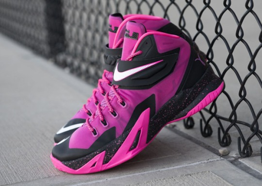 "Nike Zoom LeBron Soldier 8 ""Think Pink"" – Available"