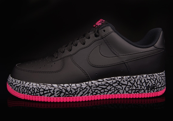 Nike Air Force 1 Wolf Grey Hyper Red