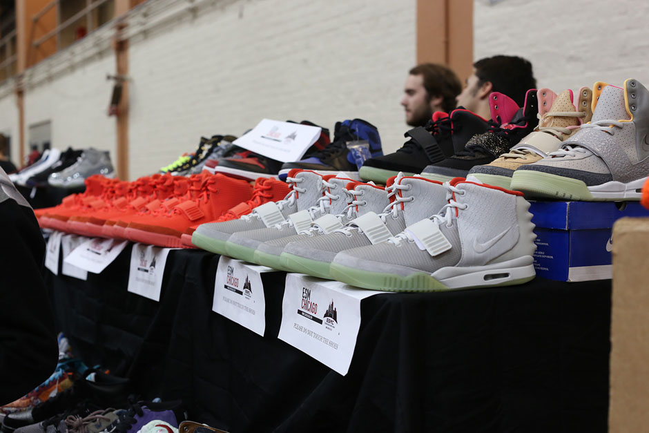 Get with us after the click for a better view of the latest Sneaker Con  gathering in Chicago and stay tuned for our on-feet recap headed your way  later ... a3e5deeffc