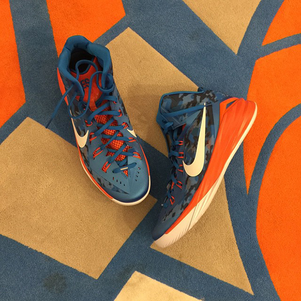 newest 86fc5 bb65e J.R. Smith Shows Off Nike Hyperdunk 2014 iD Honoring His Grandfather -  SneakerNews.com