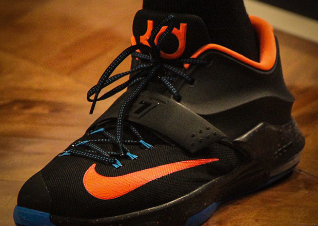 various colors c04b7 53a3e Kevin Durant in Nike KD 7