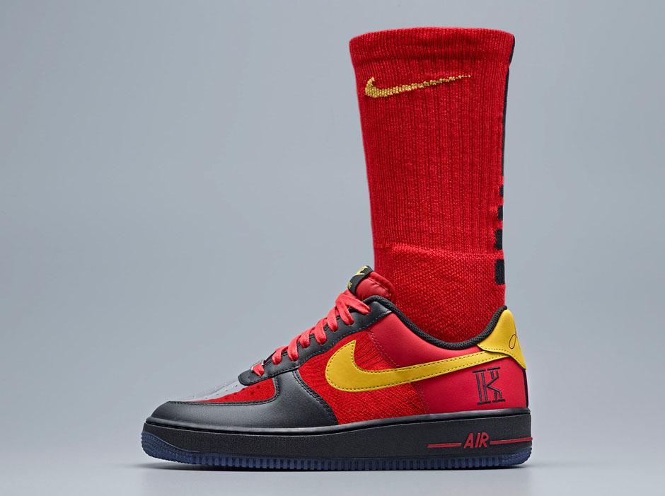 nike air force 1 elite black and white socks