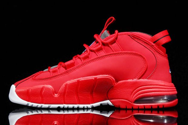 nike air max in red color