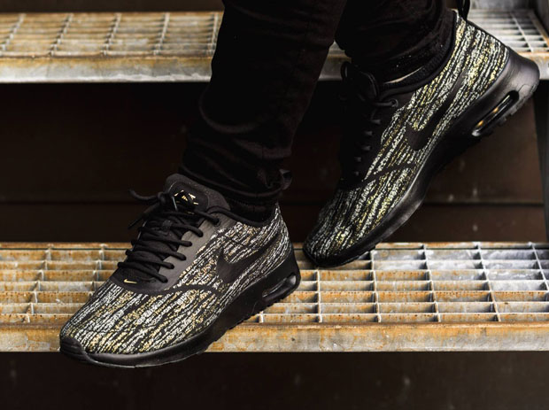 nike air max thea jacquard black gold. Black Bedroom Furniture Sets. Home Design Ideas