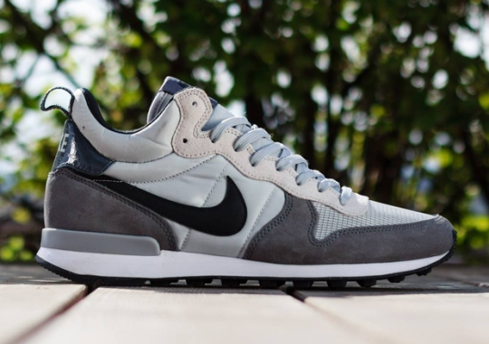 Nike Internationalist Mid – Light Ash Grey – Black – Dark Grey