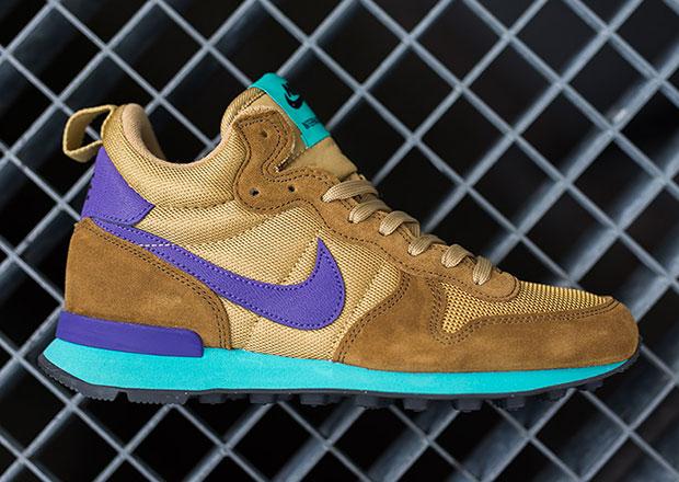 26932e4c66ea Nike Women s Internationalist Mid - Umber - Court Purple - Hyper Jade -  SneakerNews.com
