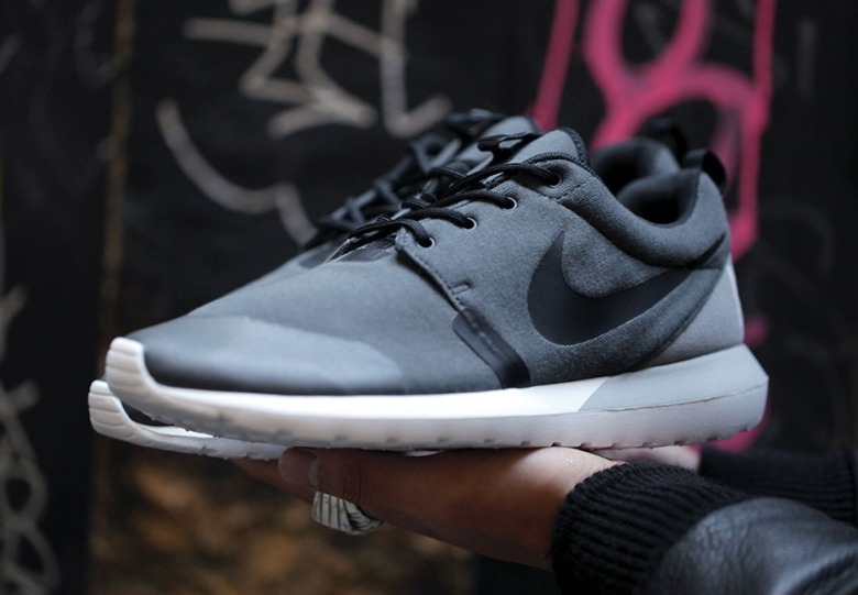 best service 8b67b 5d0e6 nike roshe run nm sp tech fleece