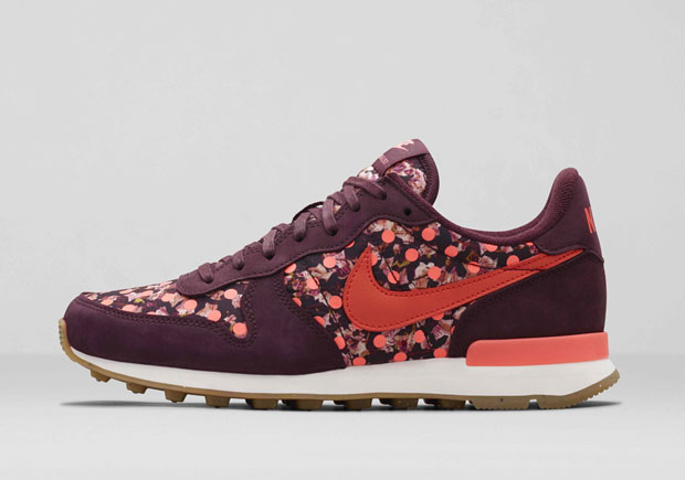 Air Max 1 Liberty QS Sneakers w Tags