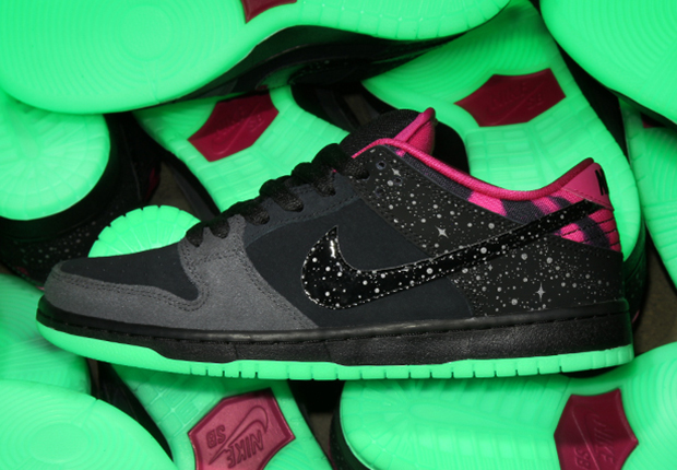 "buy popular c9c70 4adad Premier x Nike SB Dunk Low ""Northern Lights"" – Release Info"