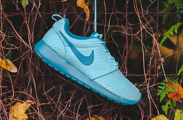 1bb9865777d6 Nike Roshe Run