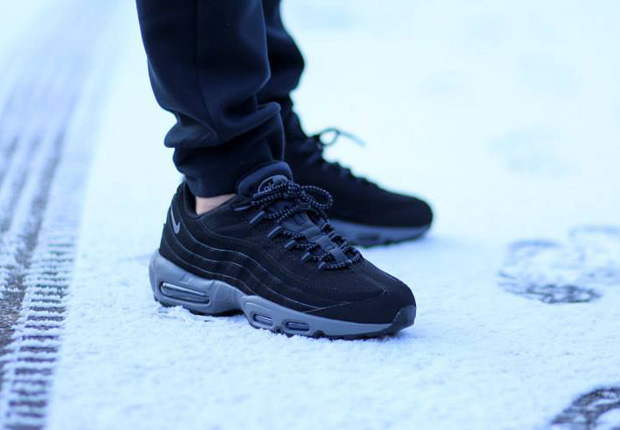 nike air max 95 black and grey