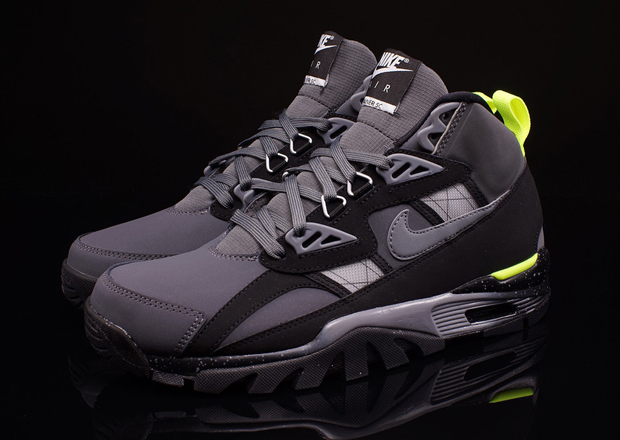 nike men 's air max trainer 1 basketball shoes