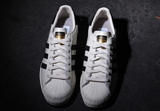 timeless design d74f5 09fbe adidas Originals Superstar Deluxe