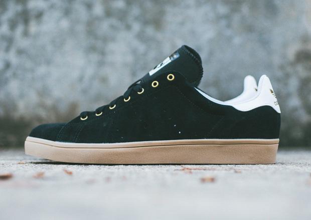 best website dc4b6 495c3 adidas Skateboarding Stan Smith Vulc - Black - Gum ...