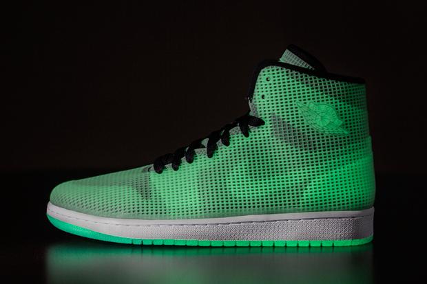 "Air Jordan 4Lab1 ""Glow"" – Release Reminder 69961480e"