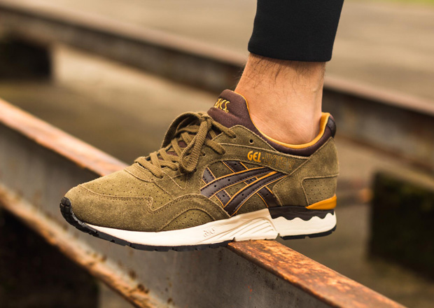 """... the retro runner line for Spring 2015 from ASICS appears to be even  hotter than ever with great new offerings like the """"Tropical Green"""" Gel  Lyte V ... 301595ec0e07"""