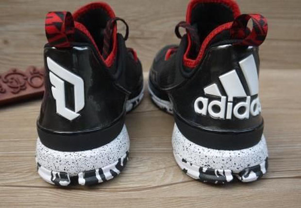 A Closer Look at the adidas D Lillard 1