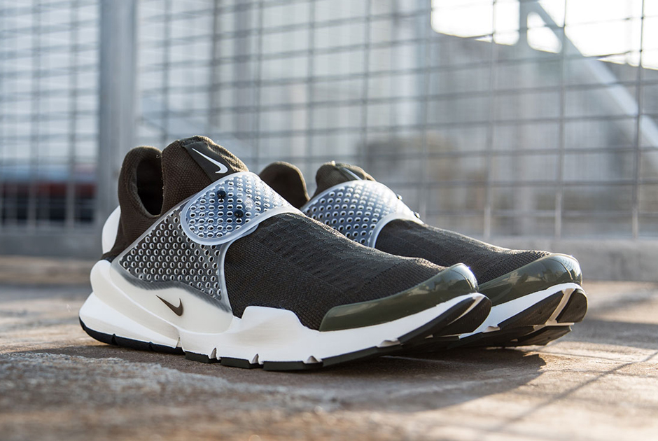 factory authentic 31707 04343 fragment design x Nike Sock Dart - New Images - SneakerNews.com
