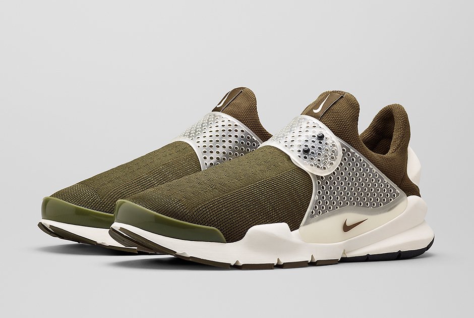 official photos 651aa 07b1d fragment design x Nike Sock Dart - SneakerNews.com
