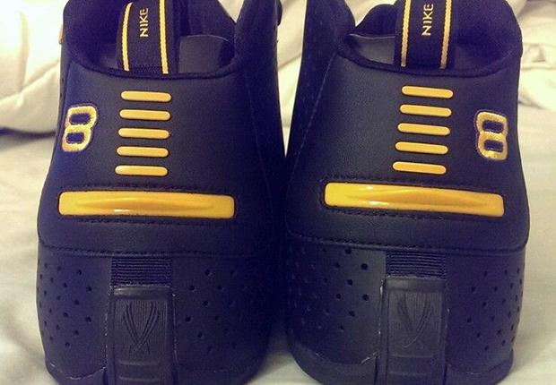 Nike Zoom Flight 2K3 - Kobe Bryant PE