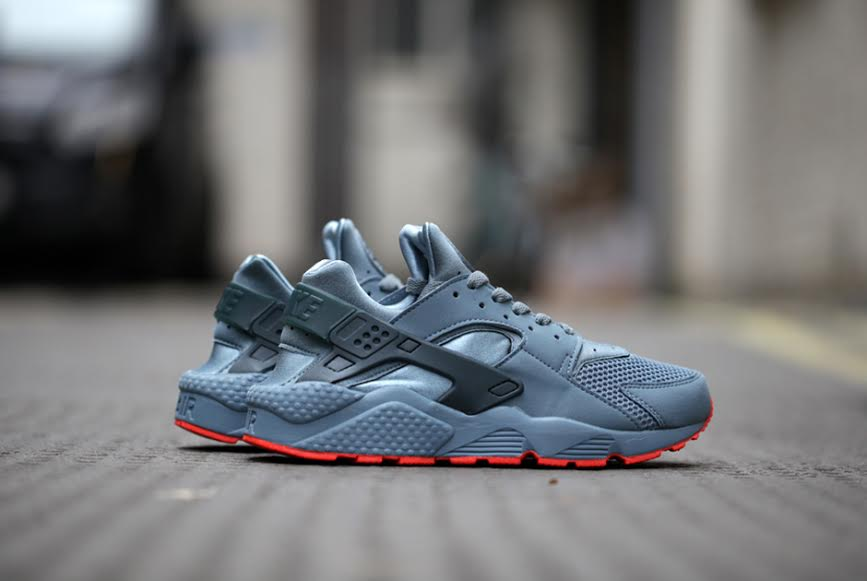 1cfe794efe0d Nike Air Huarache FB - Graphite - Classic Charcoal - Bright Crimson -  SneakerNews.com