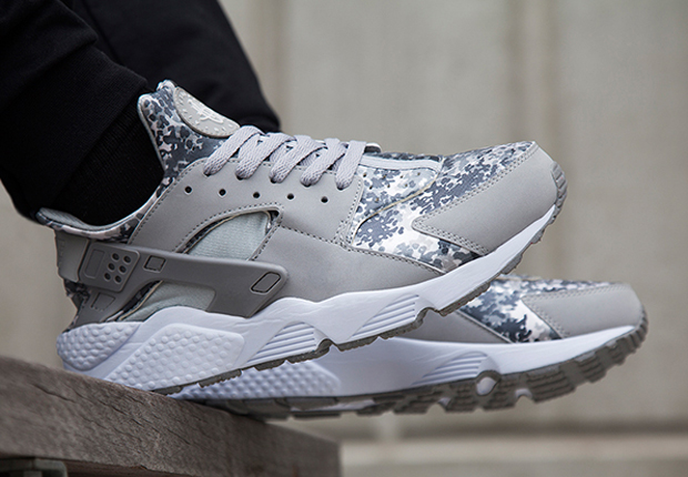 grey nike huarache footlocker
