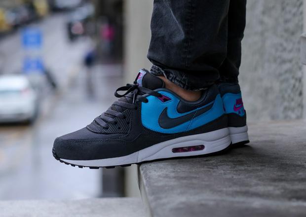 quality design 13d9a 3e348 Nike Air Max Light - Anthracite - Legend Blue - SneakerNews.