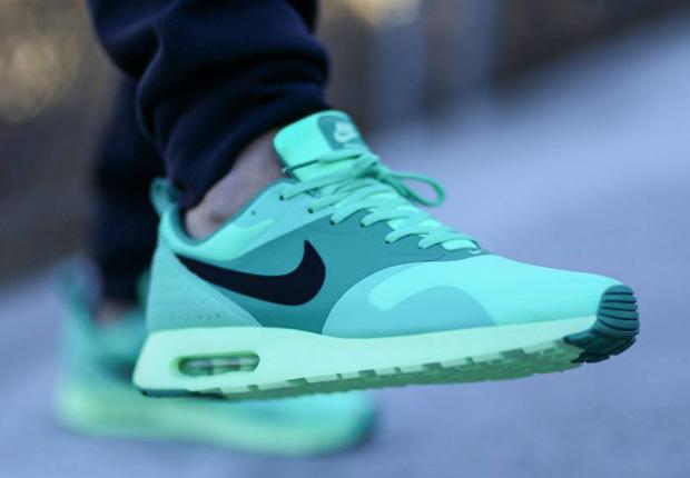 Nike Air Max Tavas Chaussures De Sport De La Femme Verts