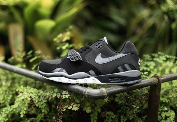 new product 2cffa 9900b Nike Air Trainer SC II Low
