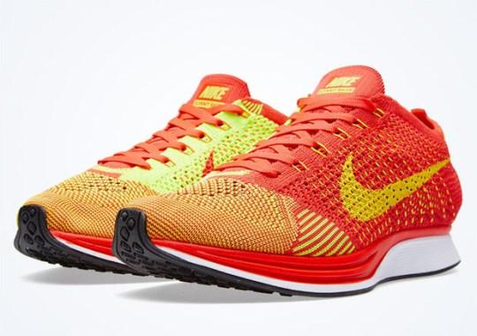 Nike Flyknit Racer – Bright Crimson – Volt