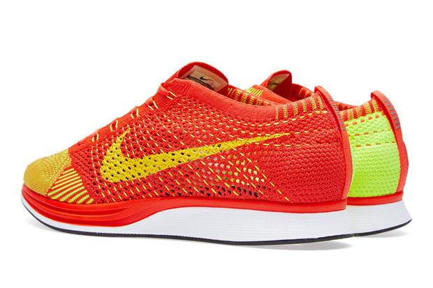 Nike Flyknit Racer Bright Crimson/Volt 526628-601