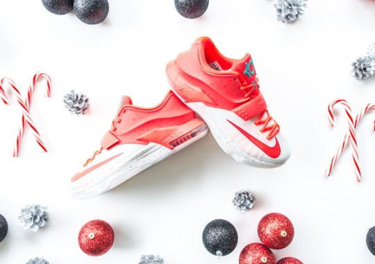 "Nike KD 7 ""Christmas"" – Release Reminder"