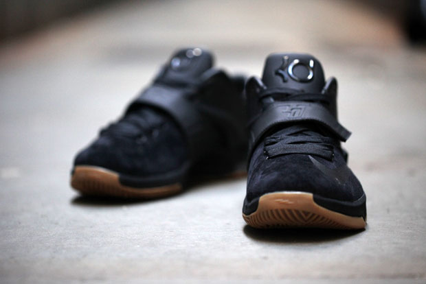 Nike KD 7 EXT Color: Black/Black Style Code: 717593-001. Release Date:  December 13th, 2014. Price: $200